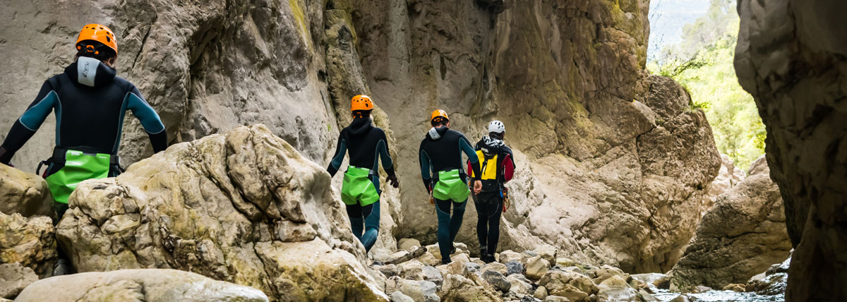 Специальные обвязки для каньонинга с дополнительной защитой