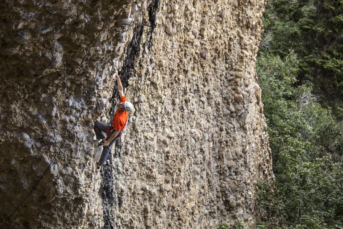 Скалолазагние в Pipe Dream в каньоне Maple