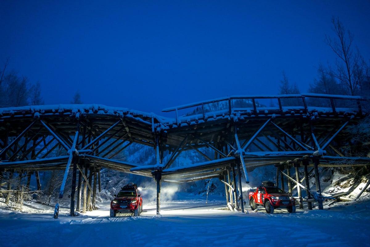 Toyota - экспедиция на полюс холода